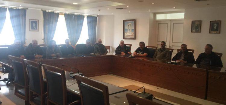Συνάντηση με το σωματείο εργαζομένων στο Δήμο